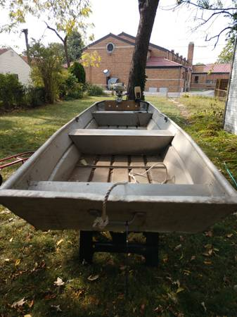 Photo 14ft Jon boat and motor - $1,000 (Toledo)
