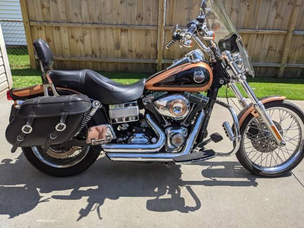Photo 2008 Harley Davidson Dyna Wide Glide - $9,000 (Toledo)