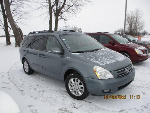 Photo 2008 KIA SEDONA MINI VAN LIKE NEW - $2,995 (PRESTIGE FAMILY CARS 7444 FREMONT PIKE PERRYSBURG,OH)