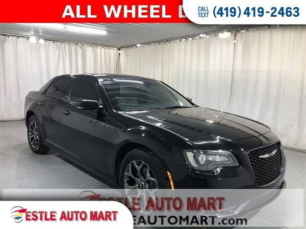 Photo 2017 Chrysler 300-Series Sedan 300Series 4d Sedan AWD S Chrysler 300 - $20500 (2017 Chrysler 300-Series 4d Sedan AWD S)