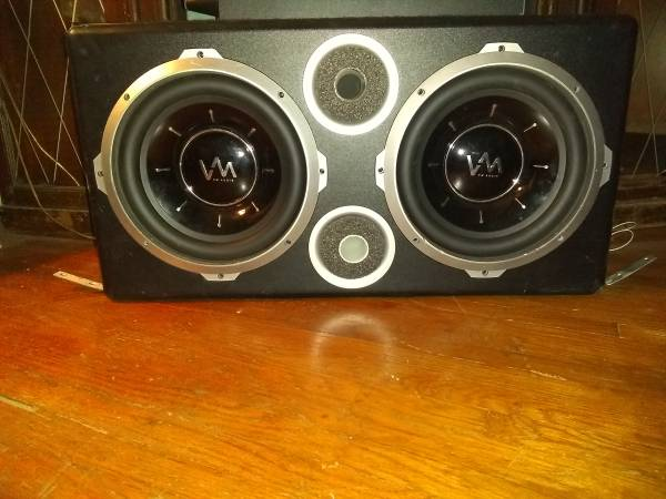 Photo 2 10 inch subs and 4 6x9 for sale - $100 (Point place)