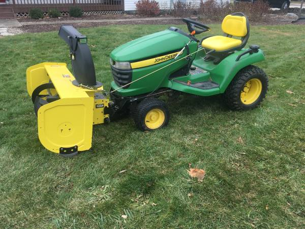 Photo Be ready for the next snow - John Deere X530 mowersnow blower combo - $4250 (Bowling Green)
