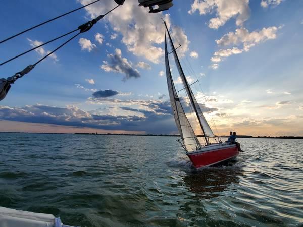 Photo Catalina Capri 30 Sailboat - $8,000 (Bolles Harbor)