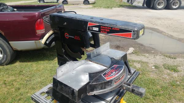 Photo Craftsman table top radial arm miter saw - $50 (Jeep country)
