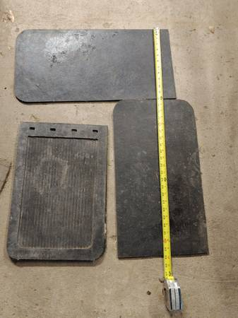 Photo Ford parts - $10