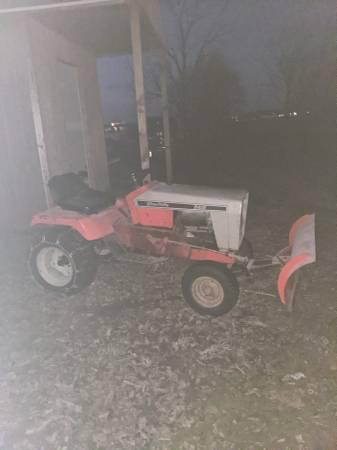 Photo Garden Tractor With Snowplow - $300 (Mccomb)