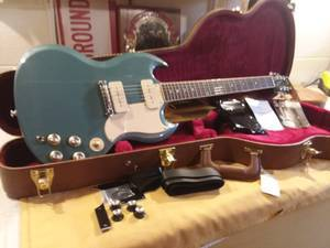 Photo Gibson SG Special P90 Limited Edition 2019 Faded Pelham Blue - $1389