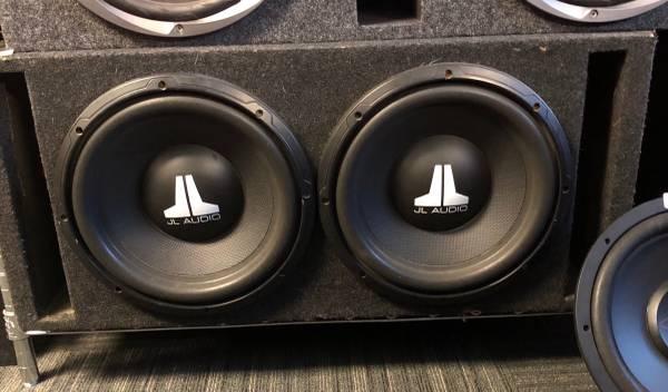 Photo JL Audio 12quot Subs in Box - $150 (Adrian)