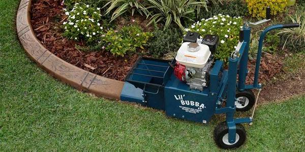 Photo LANDSCAPING CONCRETE CURB MACHINE.. USED 2 TIMES - $5800 (TOLEDO)