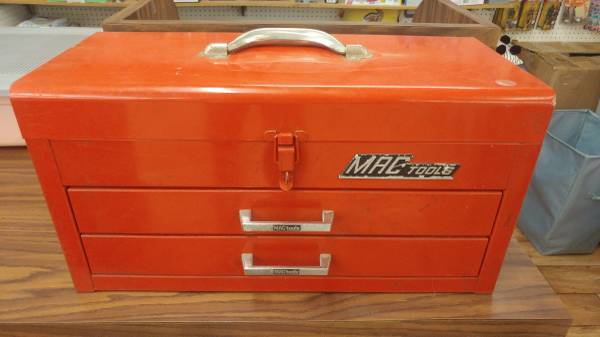 Photo Mac Tools tool box - $60 (Jeep country)