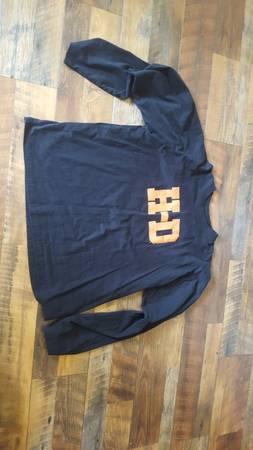 Photo Mens Harley Davidson Shirt - $25 (Sylvania)