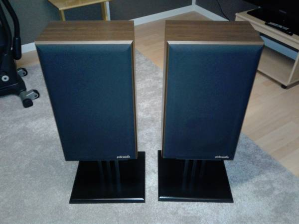 Photo Polk Audio 7C Monitor Reference Speakers and Stands - $400 (Holland, OH)