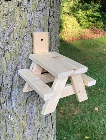 Photo Squirrel Picnic Table - $20 (Lambertville)