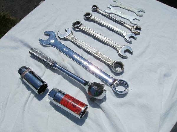 Photo Tools wrench equipment - $15 (Bowling Green OH)