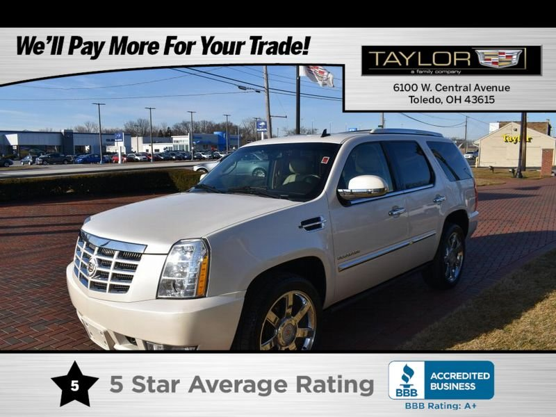 Photo Used 2011 Cadillac Escalade AWD Premium for sale