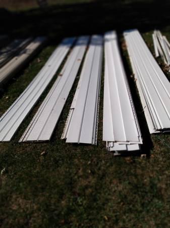 Photo vinyl siding  soffit - $200 (Britton, MI)