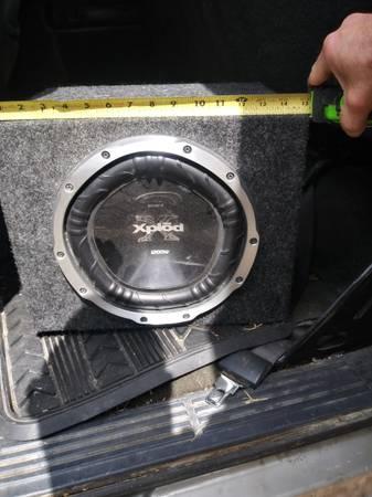 Photo 10quot 1200 watt sony xplod sub in sealed box - $50 (TOPEKA)