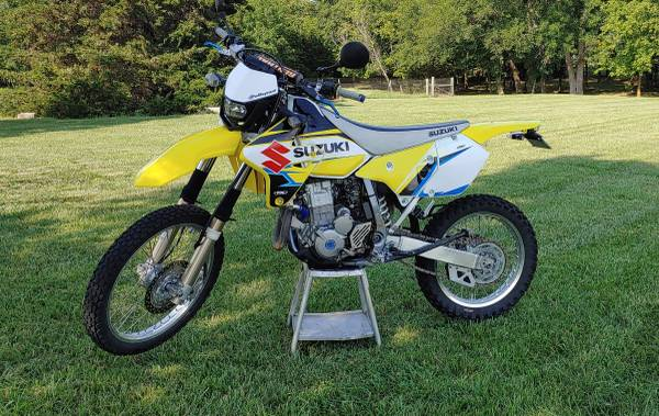 Photo 2009 Suzuki DRZ-400S - $4,600 (Emporia)