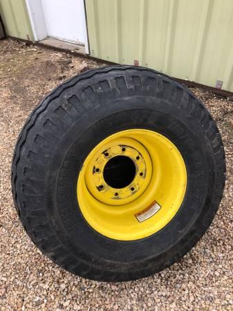 Photo 40060 R15.5 Tires on Landoll Rims - $400 (Tecumseh, NE)
