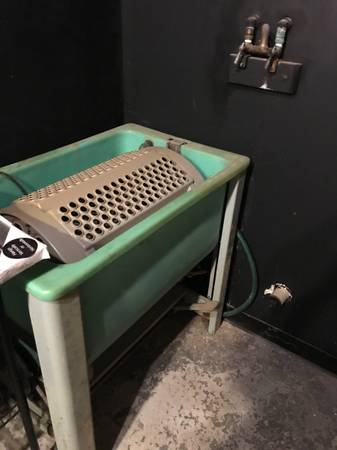 Photo Dark Room Print Wash Tumbler  Sink - $100 (Leawood)