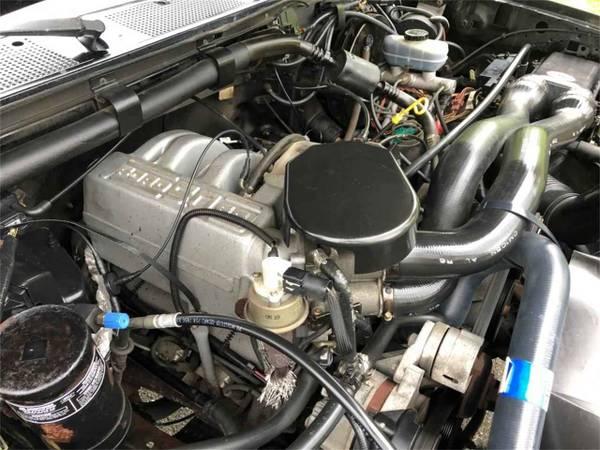 Photo FORD SB 302 EFI SETUP COMPLETE ENGINE 139K MILES W C4 TRANS READY TO GO $550 OB - $550 (Topeka, KS)