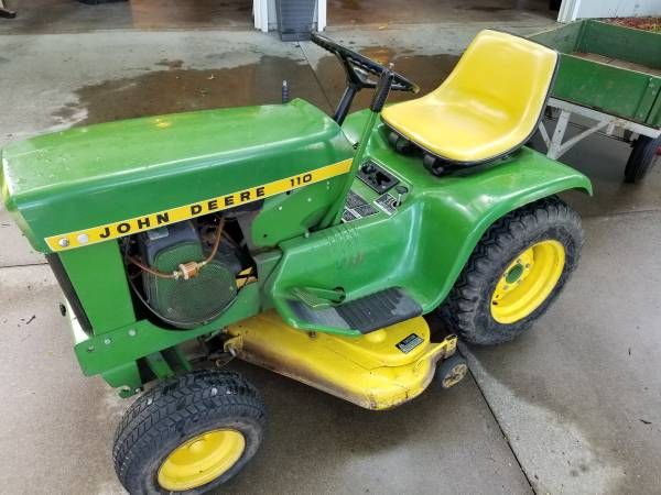 Photo John Deere 110 1970 w trailer - $800 (Topeka)