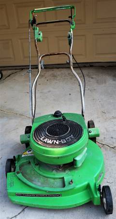 Photo Lawn Boy 8243AE1 comm mower (1988) 21quot deck (non working) - $49 (Wakarusa)