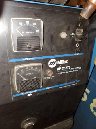 Photo Miller WelderWelding Power Source - $500 (Topeka)