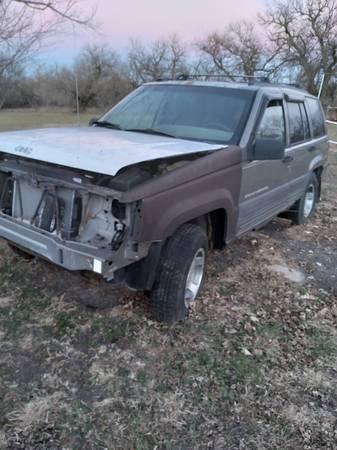 Photo (Parts) 1995 Jeep Grand Cherokee Laredo 44 - $1,000 (Eskridge)