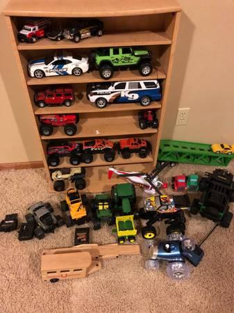 Photo Toy trucks cars tractors, a few rc - $25 (Topeka)