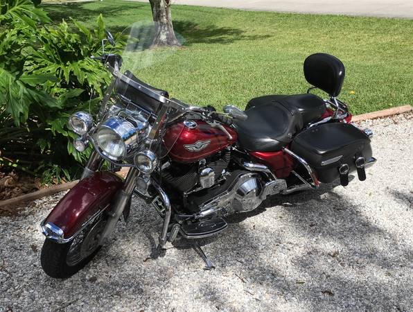 Photo 2003 Harley Davidson Road King Classic 100th Anniversary Edition - $6,900 (Vero Beach)