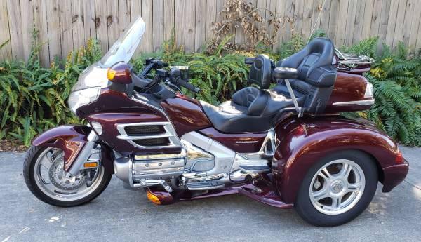 Photo 2006 Honda Goldwing gl1800 trike- LOW miles - $18,500 (Cocoa)
