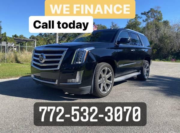 Photo 2015 Cadillac Escalade LuxuryLUXURY SUVWE FINANCE(772)532-3070 - $35,999 (VERO BEACH)