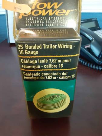 Photo 2539 Bonded Trailer Wiring. 16 Gauge NEW still in original box - $10 (sebatain)