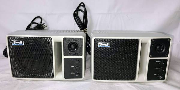 Photo 2 Used Anchor AN-130 Portable PA Loudspeaker Self Contained Monitor Sy - $75 (Fort Pierce)