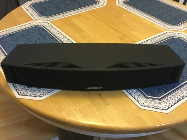 Photo Bose VCS-10 Center Channel Speaker - $125 (St Lucie County)