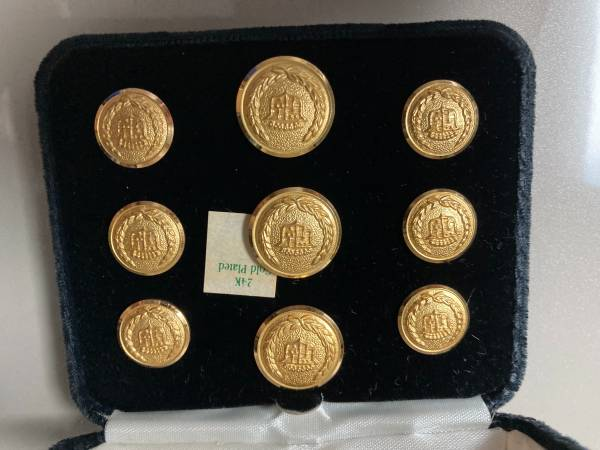 Photo Cadillac Gold Plated Blazer button - $30 (Vero Beach)