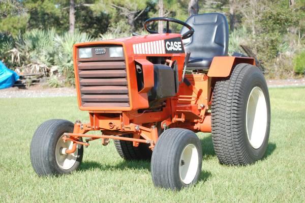 Photo Case 446 Tractor - $1999 (Grant)