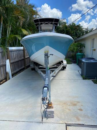 Photo Center Console Boat - $47,000 (Port St. Lucie)