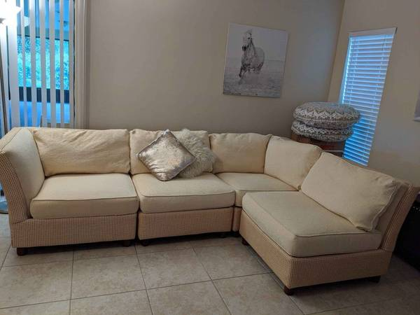 Photo Century Furniture Wicker Sectional Sofa Couch - $320 (Port Saint Lucie)