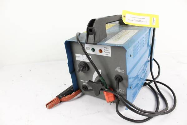 Photo Chicago Electric Arc Welder Model 40388 - $100 (Port St Lucie)