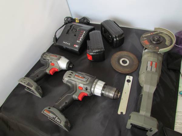 Photo Cordless 18V Impact Driver, Drill  Angle Grinder - $75 (Port St Lucie)