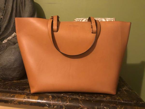 Photo Dooney and Bourke - $200 (Vero Beach)