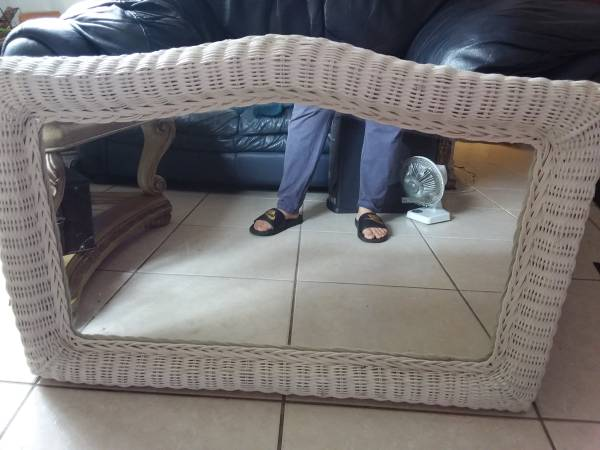 Photo Mirror with white wicker frame - $25 (Port St. Lucie)