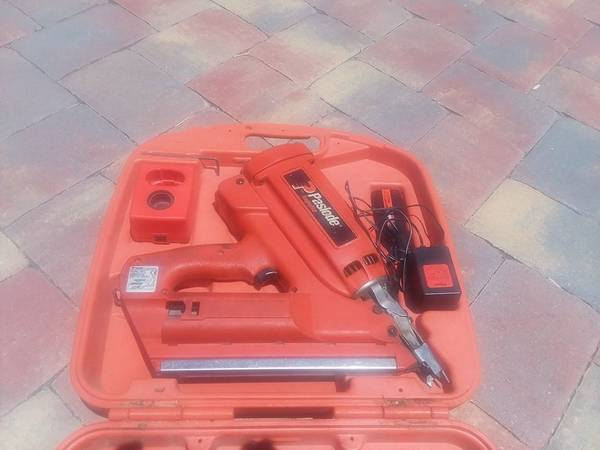 Photo Paslode Impulse Cordless Nail Gun - $200 (Sebastian)