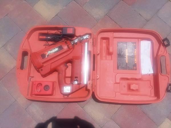 Photo Paslode Impulse Cordless Nail Gun - $250 (Sebastian)