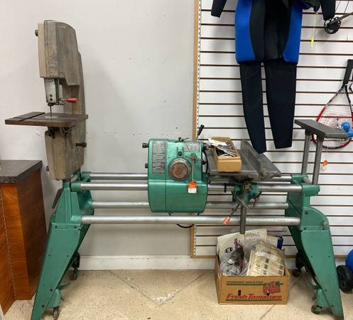 Photo SHOPSMITH MARK 5 TABLE SAW 5 IN 1 TOOL W ACCESSORIES AND MANUAL - $695 (Port St. Lucie)