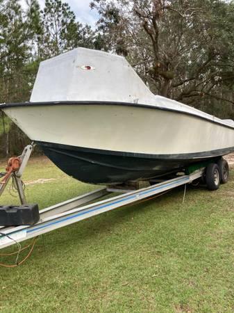 Photo SeaVee hull  aluminum trailer - $6,500 (Fort Pierce)