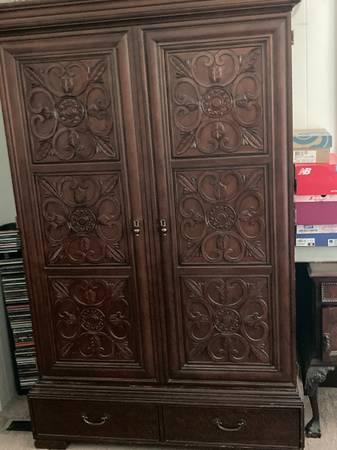 Photo Solid Wood Armoire Dresser - $650 (Port Saint Lucie)