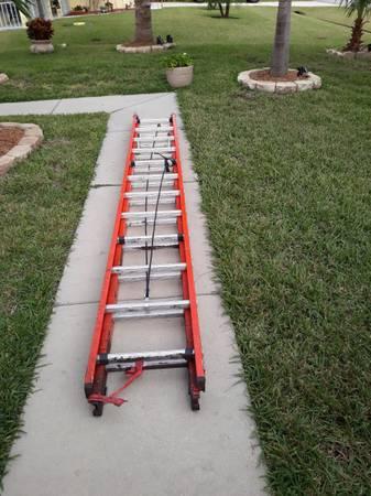 Photo Werner 24 foot ladder - $175 (Port St. Lucie)